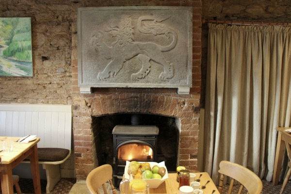 Red Lion Inn & Hop Kettle Brewery (Cricklade, Wiltshire)