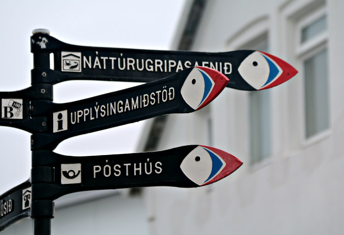 Islande Iceland puffin sign macareux signe